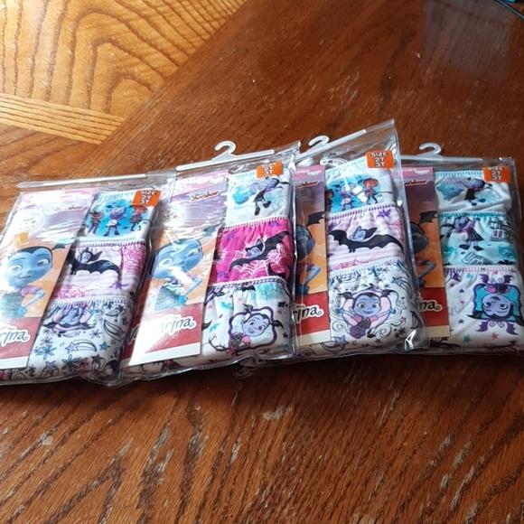 Vampira Disney Underwear 2t3t (4) packs of 3 each